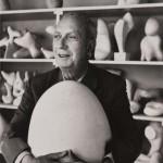 alexander_liberman_19121999__jean_hans_arp_dans_son_atelier_1960-216-1